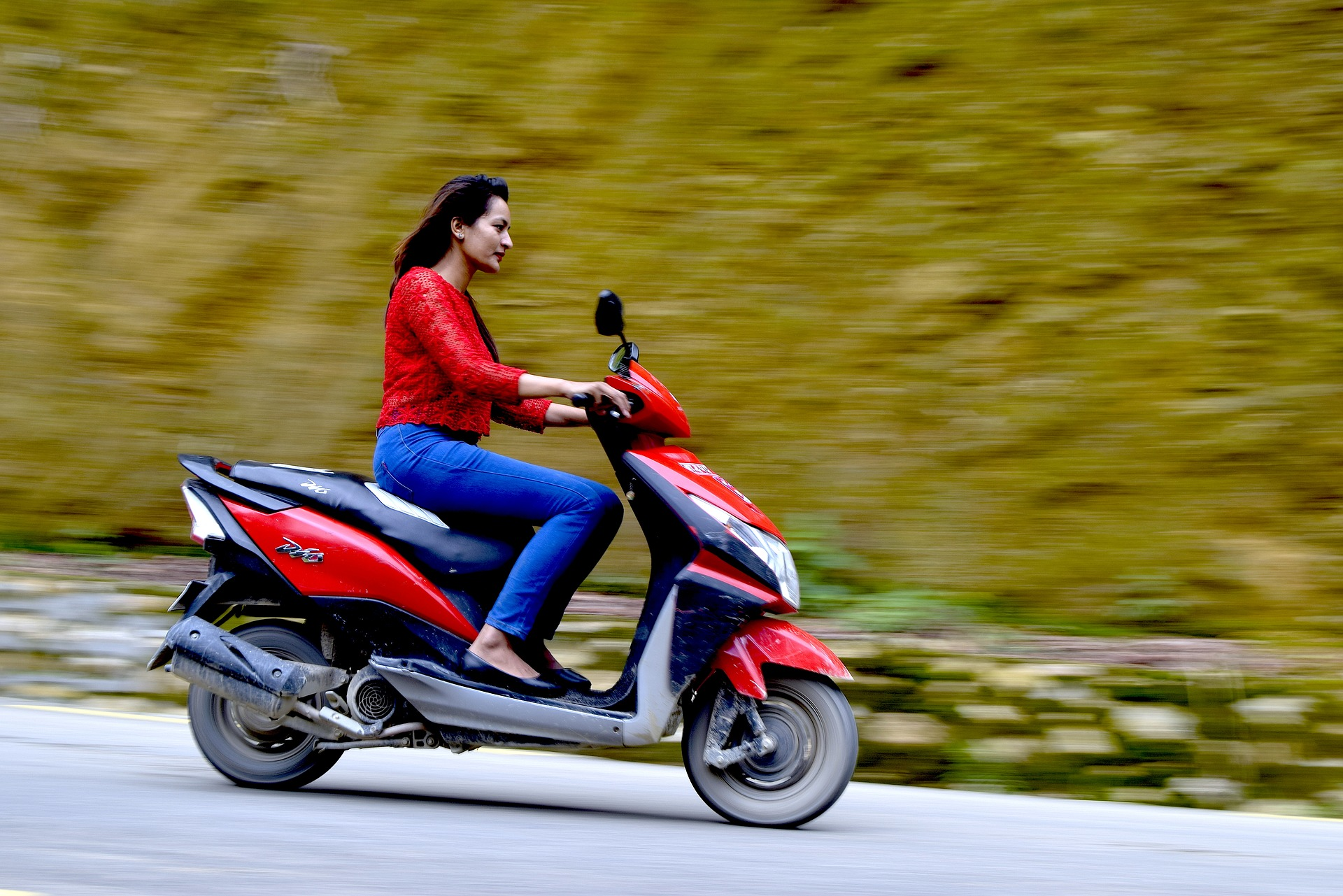 electric two-wheelers speed